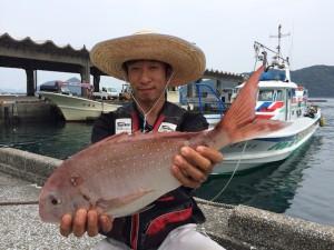 北九州の柴田さん、50cm真鯛GET