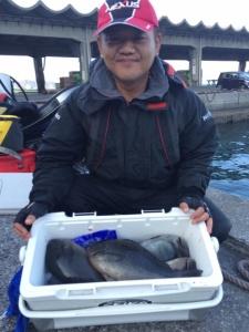 北九州の志谷さん、クロの数釣りを楽しんだ