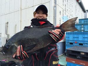 うきは市の亜珠美さん、44cmクロGET