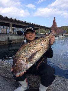 北九州の小林さん、70cm真鯛GET