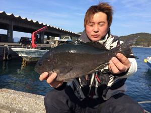 熊本の内村さん、良型クロGET