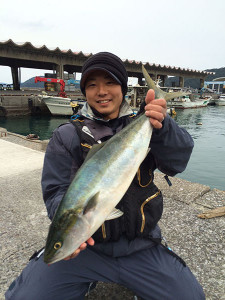 北九州の在川さん、65cmハマチGET