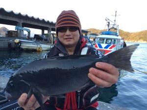 ポイント築港店の高田さん、45.5cmクロGET