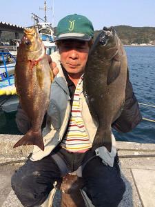 山香の佐藤さん、良型クロ、イサキGET