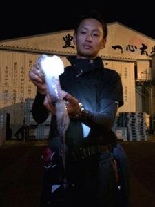 大分の佐保さん、夜焚きのイカ釣りを楽しんだ