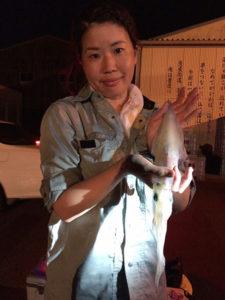 大分の塚本さん、夜焚きのイカ釣りを楽しんだ