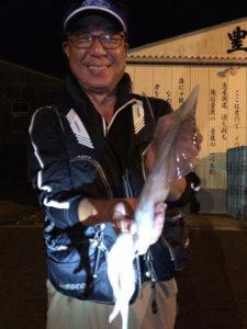 大分の小原さん、夜焚きのイカ釣りを楽しんだ。