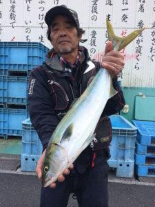 北九州の中納さん、68cmハマチGET