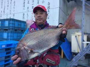 豊後大野の後藤さん、54cm真鯛GET