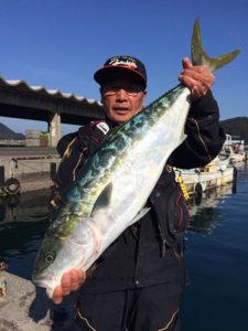 野津の平山さん、82cmブリGET